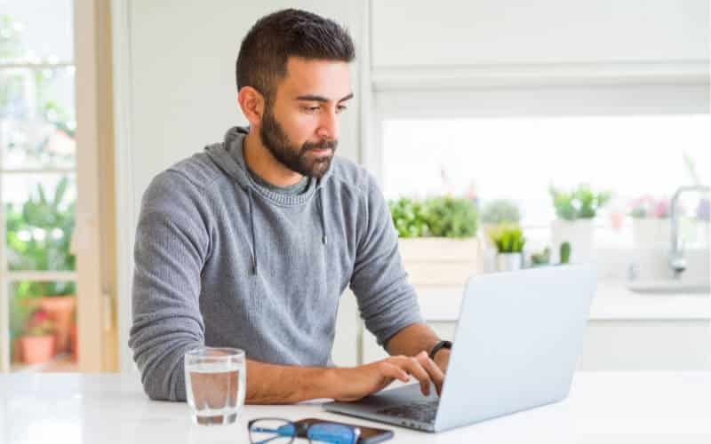 6 Profitable Ways How To Work Using Only The Computer